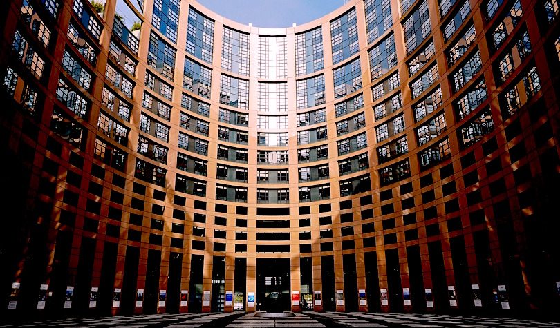 European Parliament: Blockchains Can Optimize International Trade, Personal Data Should Be 'Fully Anonymous' – Report