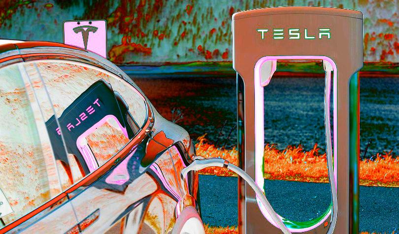 Bitcoin, Ethereum, Dogecoin? Crypto Twitter Debates Tesla Adoption of BTC – With an Appeal to Elon Musk